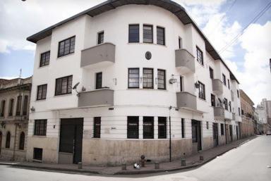 Edificio de apartamentos para Carlota Restrepo. Proyecto: Casanovas y Mannheim Arquitectos. Carrera 4 No. 13-21.
