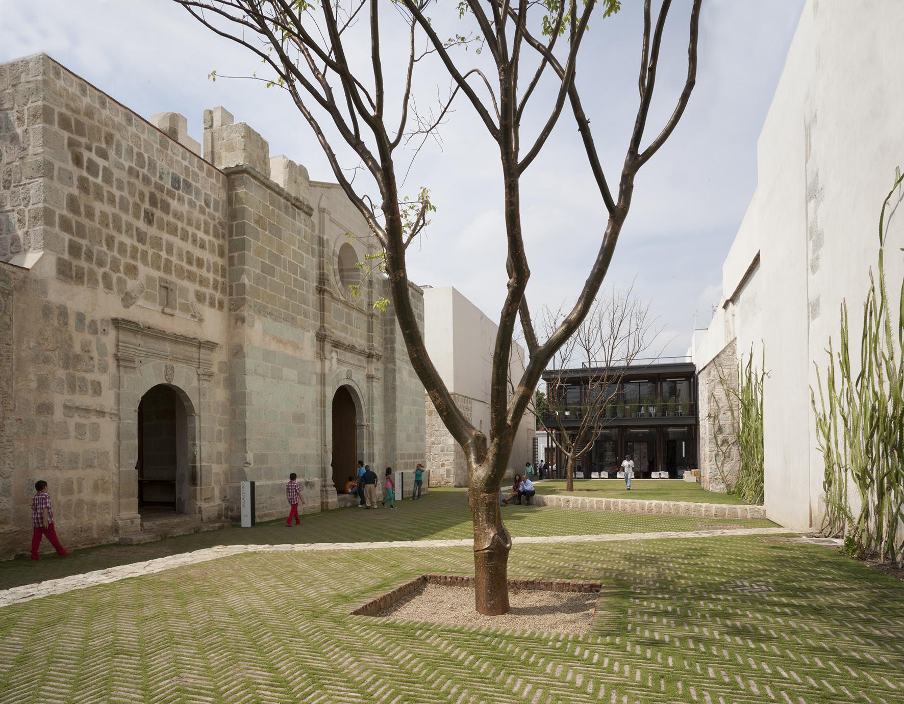 Centro Académico y Cultural San Pablo. Foto: Sandra Pereznieto, 2013
